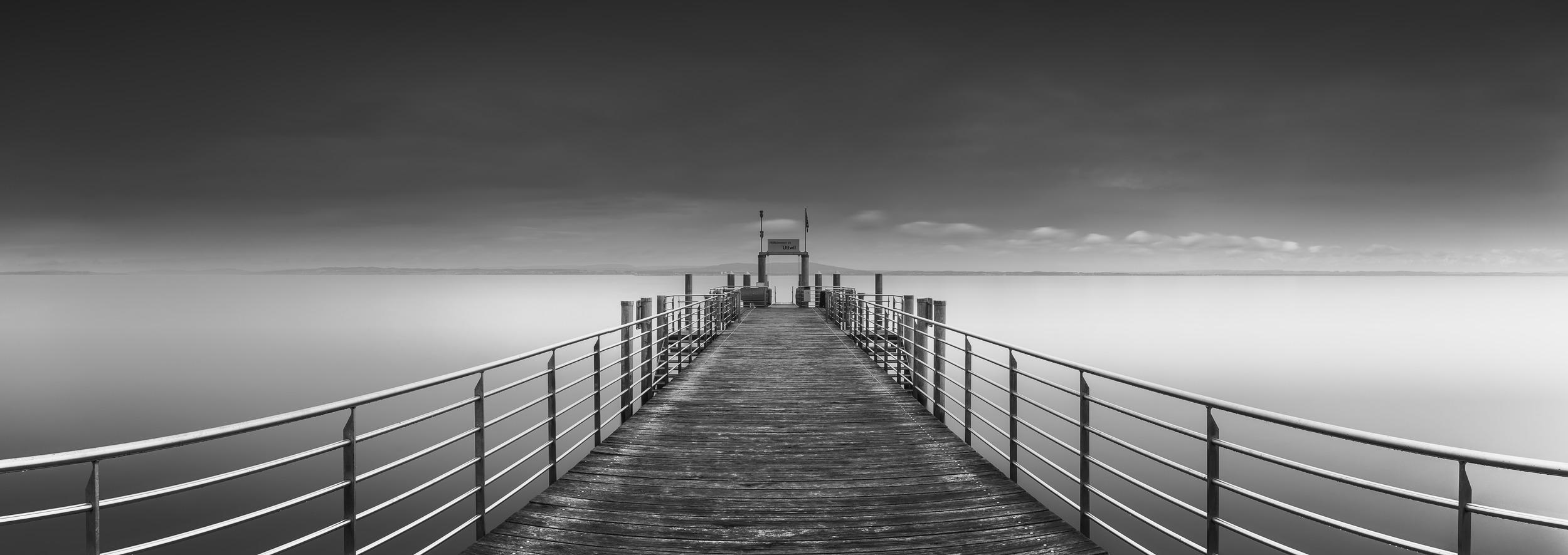 BODENSEE PIER – UTTWIL - Schöne Landschaft Bilder kaufen | Stimmungs Foto als Fineart by Stefan Somogyi Fotografie