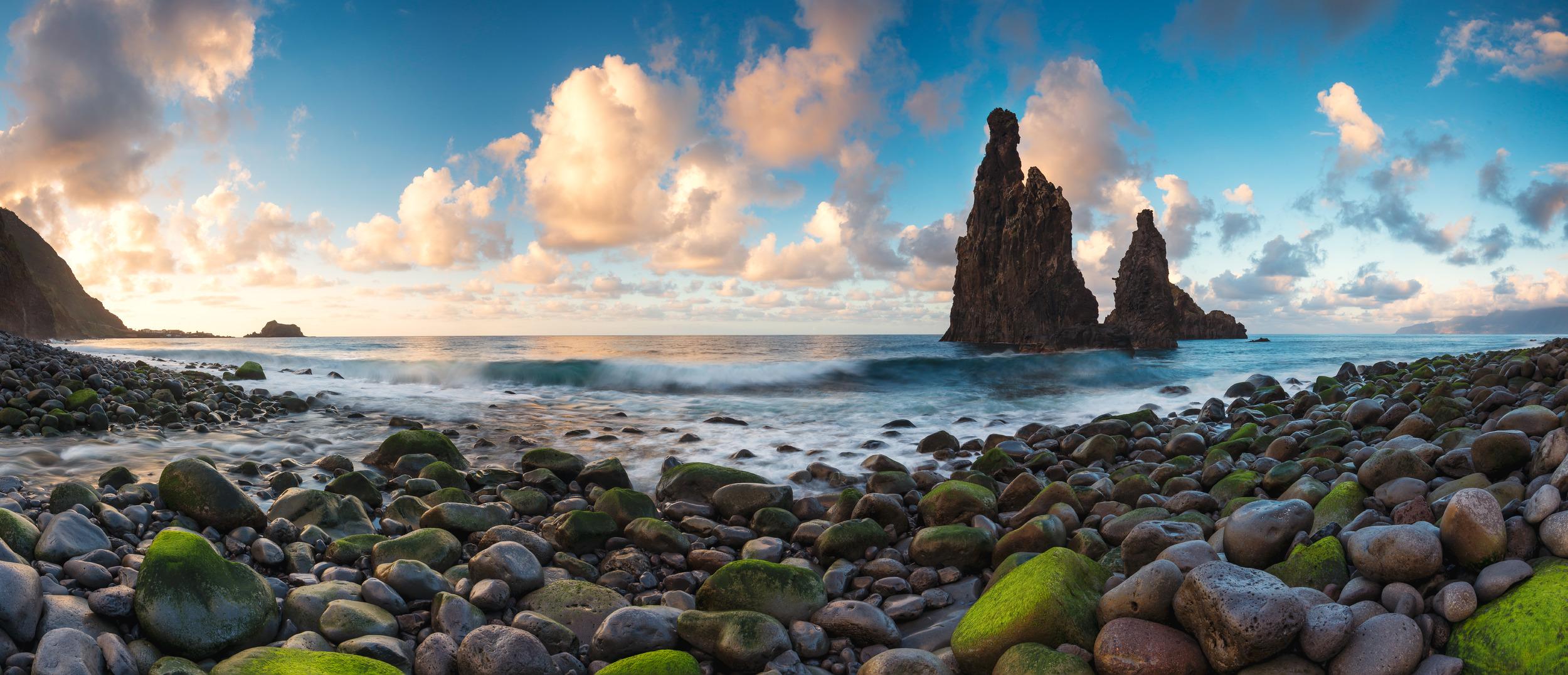 ILHEU RIBEIRA DA JANELA - Schöne Landschaft Bilder kaufen | Stimmungs Foto als Fineart by Stefan Somogyi Fotografie
