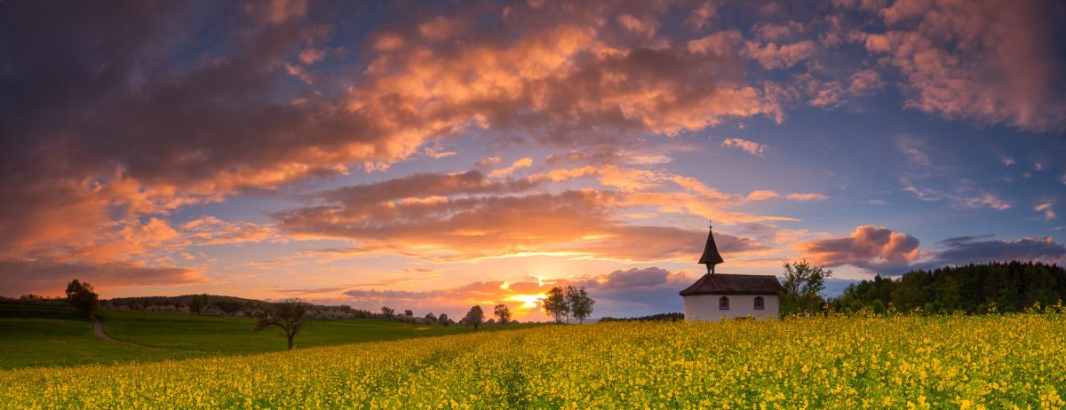 KAPELLE IM RAPSFELD - Schöne Landschaft Bilder kaufen | Stimmungs Foto als Fineart by Stefan Somogyi Fotografie