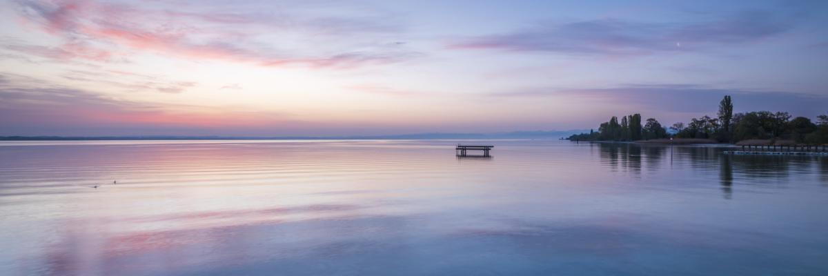 CALM MORING AT THE LAKE - Schöne Landschaft Bilder kaufen | Stimmungs Foto als Fineart by Stefan Somogyi Fotografie